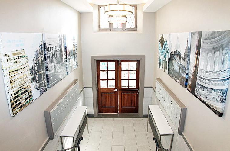 fleetwood-apartements-lobby